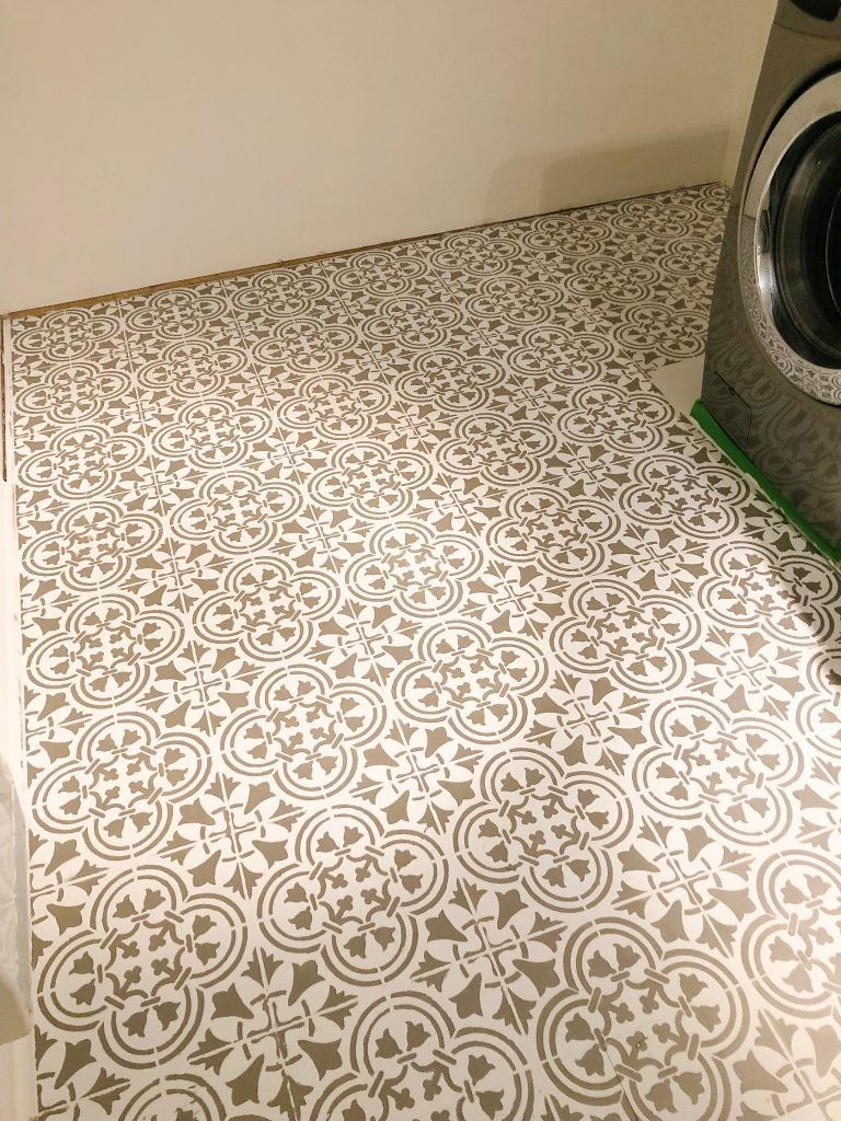 Final stencilled laundry room floor